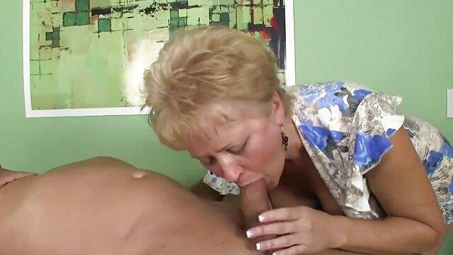 Sexo señoras buenas cojiendo con una secretaria privada