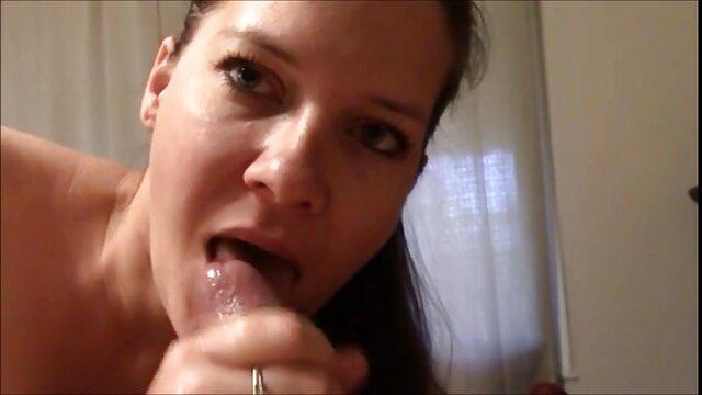 Primer plano de señoras maduras tetonas creampie sexual