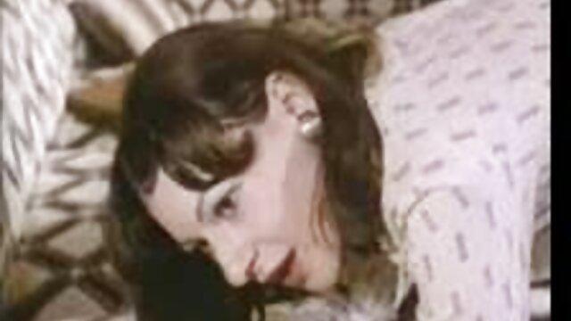 Adolescente videos madres maduras inocente
