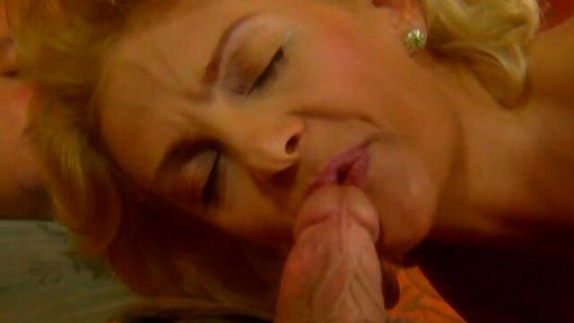 Poklonskaya se señoras cojiendo masturba