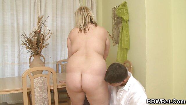 Sexo maduritas masturbándose graso