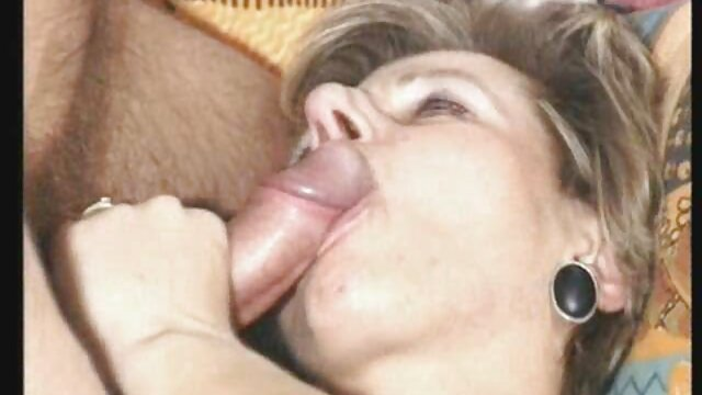 Lady Armani pono de maduras