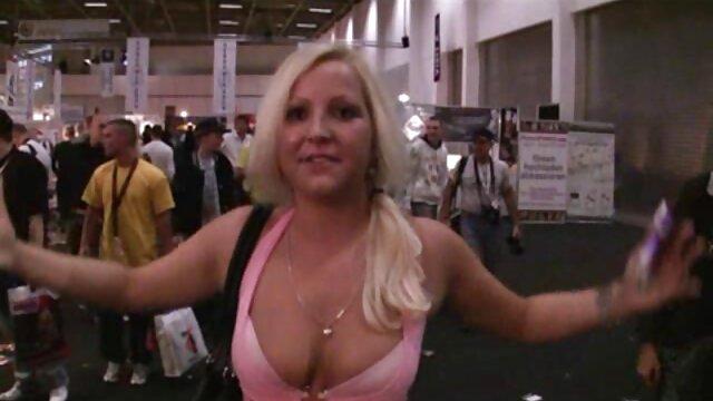 Estriptís erótico porno pormo maduras en vr